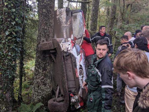 Brutto incidente per Latvala al Rally del Galles (video)