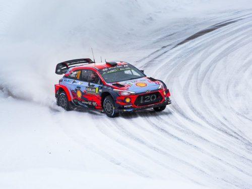 Hyundai punta alla vittoria al Rally di Svezia
